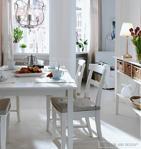 Dining table 05